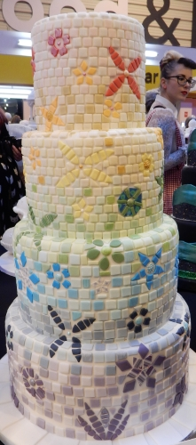 tile wedding cake