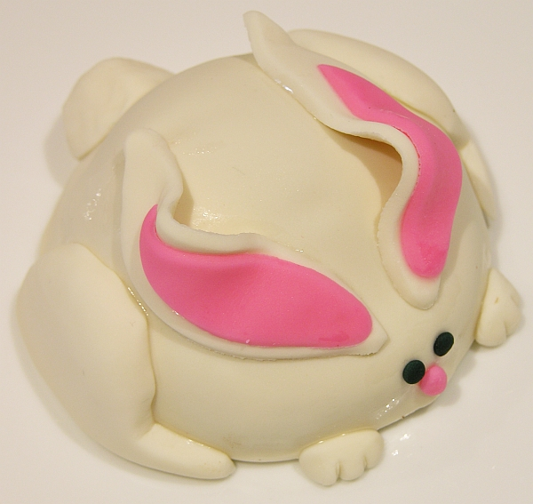 completed bunny cookie
