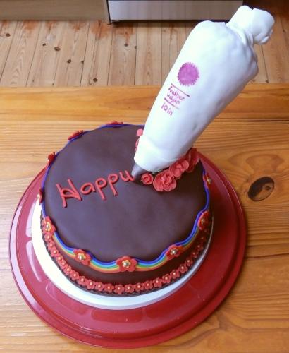 piping bag cake