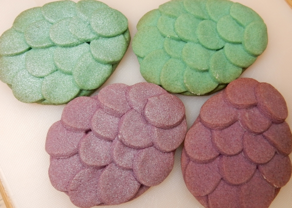 airbrushed and plain cookies